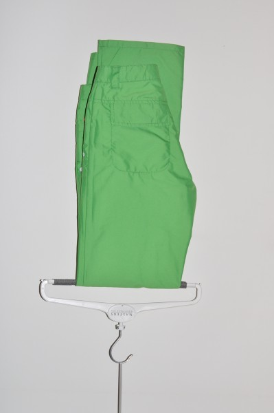 Cross, Hose, H2 off, 3/4 Windprotection, green